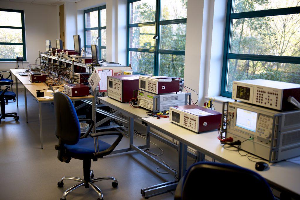 N4L ISO17025 Calibration LAb